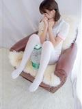 [森萝财团]萝莉丝足写真 R15-015 白丝萝莉玩桶装水