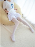 [森萝财团]萝莉丝足写真 R15-006 水嫩嫩的白丝美足(9)