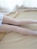 [森萝财团]萝莉丝足写真 R15-006 水嫩嫩的白丝美足(18)