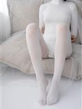 [森萝财团]萝莉丝足写*真 ALPHA-007 纯白的诱*惑白丝裸足