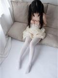 [森萝财团]萝莉丝足写真 ALPHA-013 白丝女孩玩美足