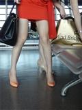 [户外街*拍] 2013.12.23 浦东机场拍摄两个美*女